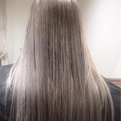 ダークアッシュ 透明感 アッシュ ロング ヘアスタイルや髪型の写真・画像