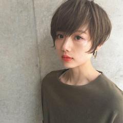 ハイライト 大人女子 小顔 ショート ヘアスタイルや髪型の写真・画像