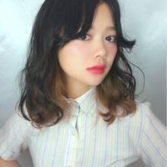 暗髪 モード ウェーブ ストリート ヘアスタイルや髪型の写真・画像
