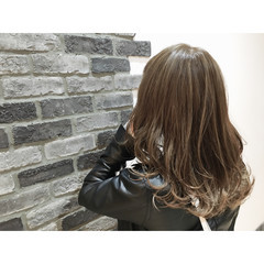 グラデーションカラー ブラウン 外国人風 ロング ヘアスタイルや髪型の写真・画像