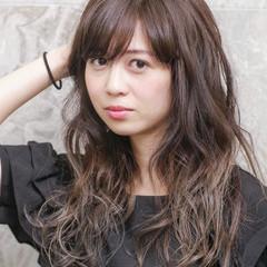エレガント ロング 外国人風 グラデーションカラー ヘアスタイルや髪型の写真・画像