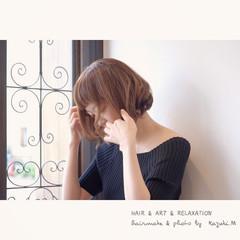 ボブ ナチュラル デート イルミナカラー ヘアスタイルや髪型の写真・画像