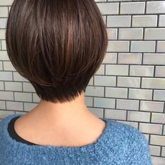 ショートヘア 小顔ショート 前下がりショート ショート ヘアスタイルや髪型の写真・画像