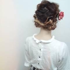 ガーリー グラデーションカラー セミロング 和装 ヘアスタイルや髪型の写真・画像