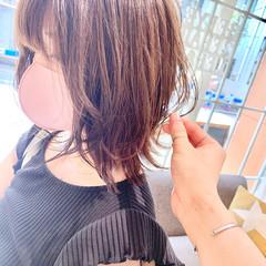 ミディアム レイヤーボブ ウルフカット ベージュ ヘアスタイルや髪型の写真・画像