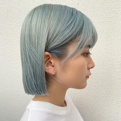 アッシュ ナチュラル ブルーアッシュ ブリーチ ヘアスタイルや髪型の写真・画像