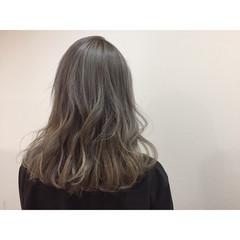 ナチュラル アッシュ 外国人風 ハイライト ヘアスタイルや髪型の写真・画像