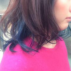 ミディアム レイヤーカット インナーカラー ダブルカラー ヘアスタイルや髪型の写真・画像