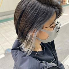 ウルフカット コンサバ ショート ホワイトシルバー ヘアスタイルや髪型の写真・画像