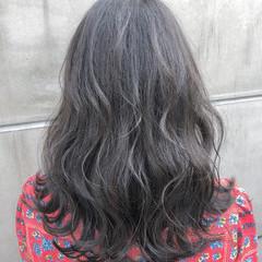 ナチュラル アウトドア 色気 簡単ヘアアレンジ ヘアスタイルや髪型の写真・画像