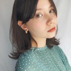 ミディアムヘアー ナチュラル 大人ミディアム ミディアム ヘアスタイルや髪型の写真・画像
