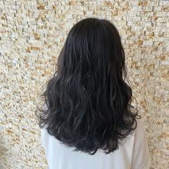 ロング ヘアカラー ナチュラル コテ巻き ヘアスタイルや髪型の写真・画像