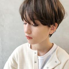 ショート 耳かけ エレガント 上品 ヘアスタイルや髪型の写真・画像