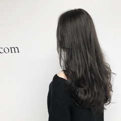 レイヤーカット 透明感 おフェロ ロング ヘアスタイルや髪型の写真・画像
