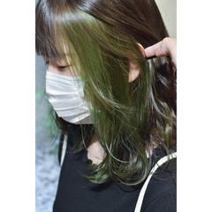 インナーグリーン グリーン モード インナーカラー ヘアスタイルや髪型の写真・画像