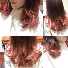 セミロング グラデーションカラー 春 ガーリー ヘアスタイルや髪型の写真・画像