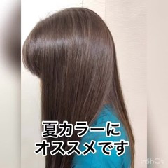 アッシュ ロング グレージュ ハイライト ヘアスタイルや髪型の写真・画像