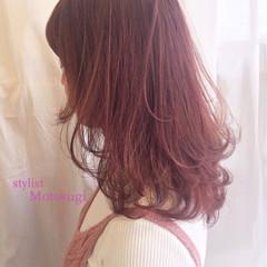 ベリー ガーリー ベージュ ミディアム ヘアスタイルや髪型の写真・画像