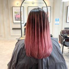 バレイヤージュ ピンク ナチュラル セミロング ヘアスタイルや髪型の写真・画像