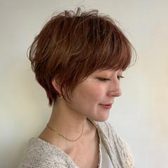 ベリーショート パーマ ショート ナチュラル ヘアスタイルや髪型の写真・画像