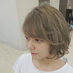 外国人風カラー ブリーチ ヘアアレンジ ベージュ ヘアスタイルや髪型の写真・画像