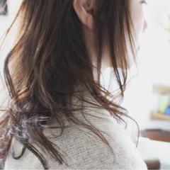アッシュグレージュ ロング 大人女子 グレージュ ヘアスタイルや髪型の写真・画像