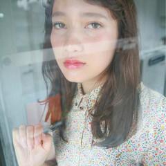 フェミニン 透明感 大人かわいい 抜け感 ヘアスタイルや髪型の写真・画像