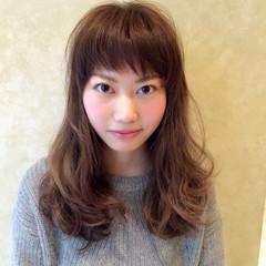 セミロング シースルーバング 簡単 ブルージュ ヘアスタイルや髪型の写真・画像