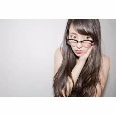 外国人風 ベース型 ロング 黒髪 ヘアスタイルや髪型の写真・画像