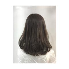 オフィス セミロング アッシュ コンサバ ヘアスタイルや髪型の写真・画像