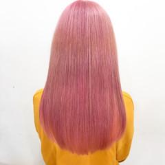 ブリーチカラー ロング 派手髪 ピンクカラー ヘアスタイルや髪型の写真・画像