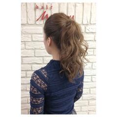 ポニーテール セミロング ヌーディーベージュ ショート ヘアスタイルや髪型の写真・画像