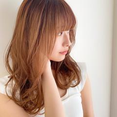 フェミニン 前髪あり 大人可愛い デジタルパーマ ヘアスタイルや髪型の写真・画像