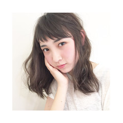 春 前髪あり ゆるふわ ナチュラル ヘアスタイルや髪型の写真・画像