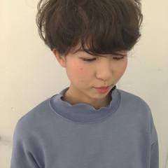 ガーリー マッシュ くせ毛風 ショート ヘアスタイルや髪型の写真・画像