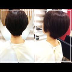 小顔 社会人の味方 ショート 似合わせ ヘアスタイルや髪型の写真・画像