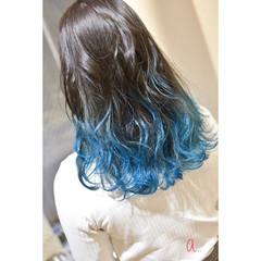 グラデーションカラー ブルーグラデーション グラデーション ロング ヘアスタイルや髪型の写真・画像