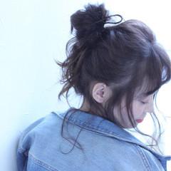 セミロング ヘアアレンジ ナチュラル 抜け感 ヘアスタイルや髪型の写真・画像