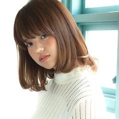 ミディアム ストレート ナチュラル かわいい ヘアスタイルや髪型の写真・画像
