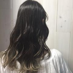 ラフ グラデーションカラー ロング 外国人風 ヘアスタイルや髪型の写真・画像