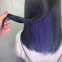 ウェットヘア ラベンダー セミロング ガーリー ヘアスタイルや髪型の写真・画像
