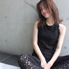 色気 大人女子 ニュアンス こなれ感 ヘアスタイルや髪型の写真・画像