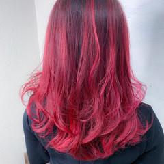 レッド バレイヤージュ 美髪 グラデーションカラー ヘアスタイルや髪型の写真・画像