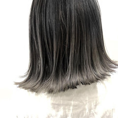 バレイヤージュ 切りっぱなしボブ ボブ ハイライト ヘアスタイルや髪型の写真・画像