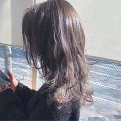 外国人風 ローライト ハイライト ミディアム ヘアスタイルや髪型の写真・画像