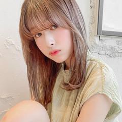 シースルーバング 縮毛矯正 セミロング 透明感カラー ヘアスタイルや髪型の写真・画像
