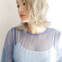 ハイトーン ダブルカラー 外国人風カラー ホワイト ヘアスタイルや髪型の写真・画像