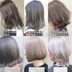 ブリーチカラー ブリーチ グレージュ ミディアム ヘアスタイルや髪型の写真・画像