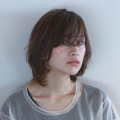 アッシュ 前髪あり ナチュラル ショート ヘアスタイルや髪型の写真・画像