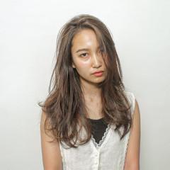 女子力 簡単ヘアアレンジ 結婚式 ナチュラル ヘアスタイルや髪型の写真・画像